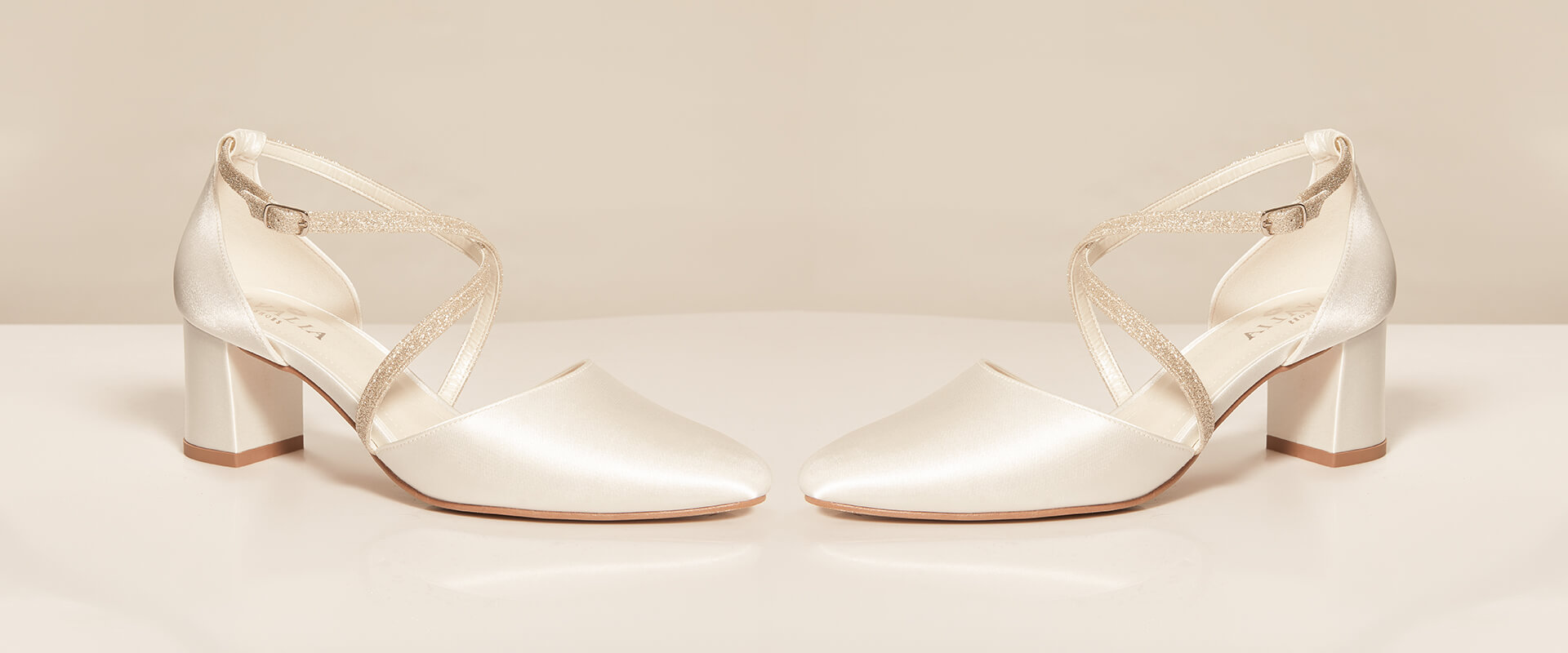 2022 AVALIA Shoes Collection