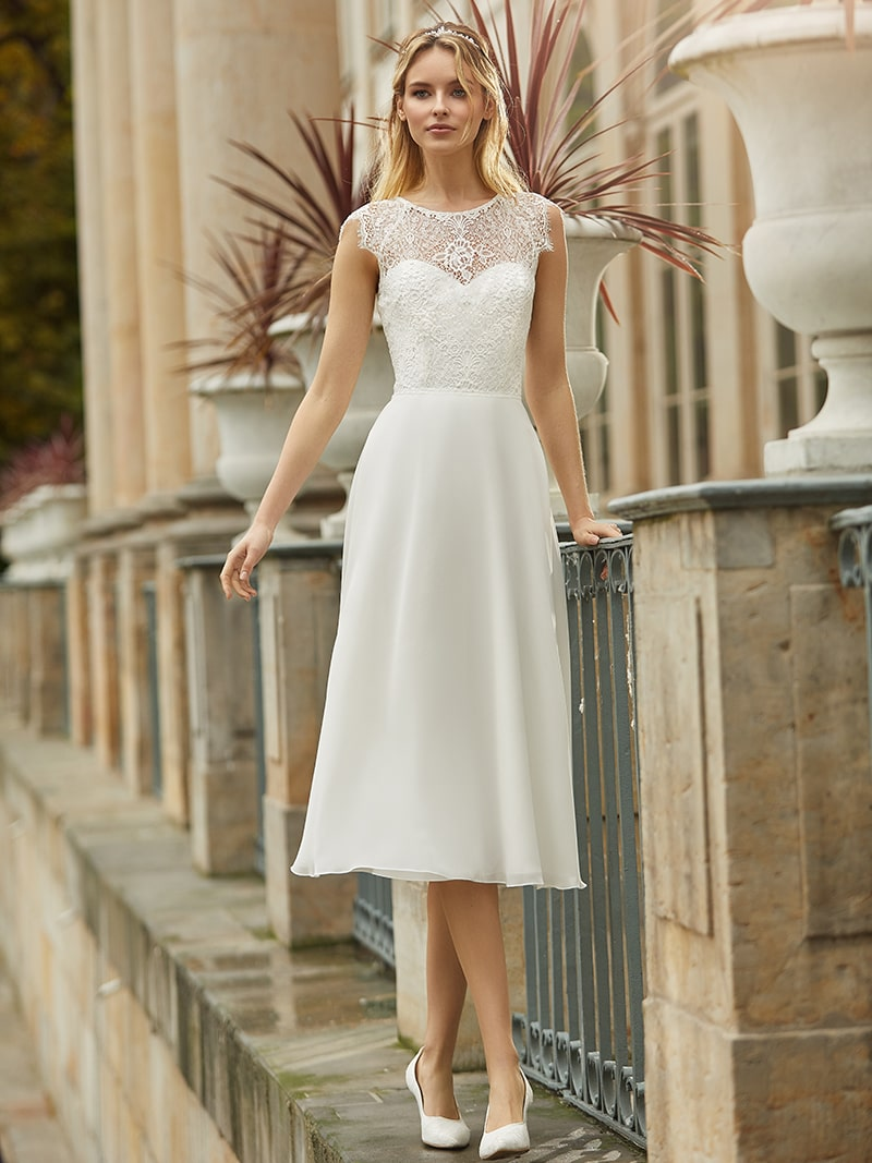 18 Best Short Bridal Dress For Your Special Day